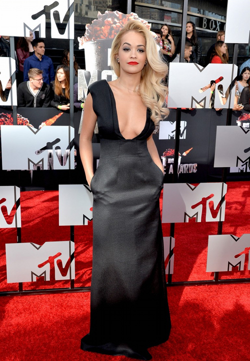 rita-ora-mtv-movie-awards-2014